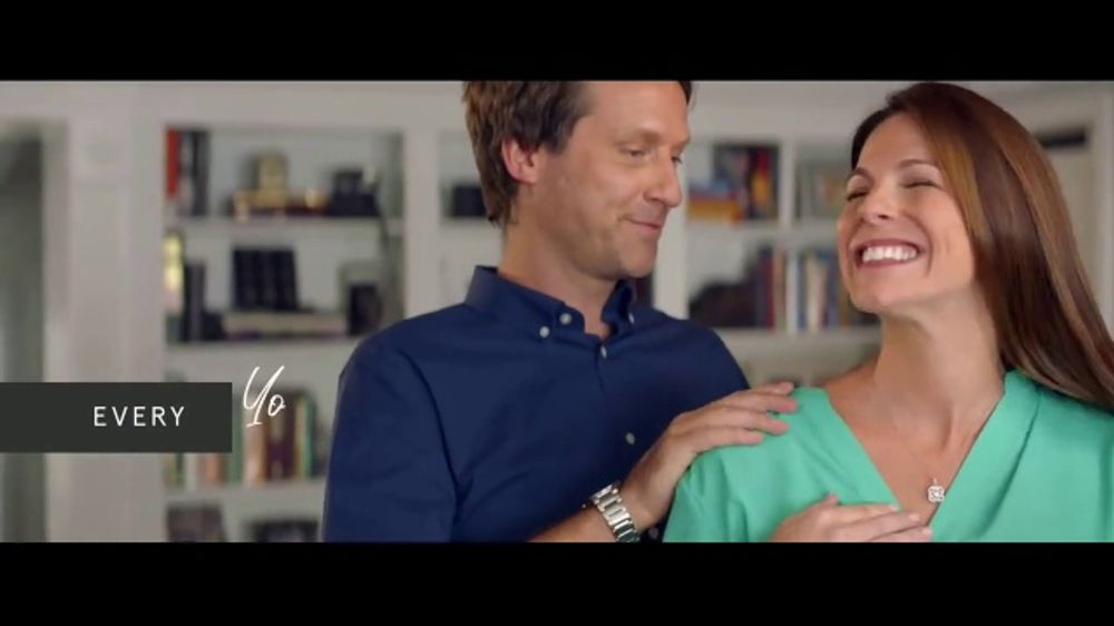 Kay Jewelers Christmas Commercial 2020 Actrss Kay Jewelers Center of Me Collection TV Commercial, 'Your Love