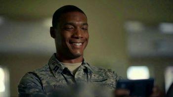 T-Mobile TV Spot, 'Veterans Day: Thank You' - Thumbnail 6