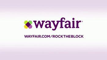 Wayfair TV Spot, 'HGTV: Rock The Block: Curb Appeal' - Thumbnail 7