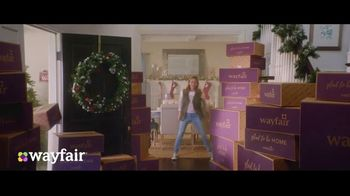 Wayfair TV Spot, 'Way to Holiday: 70 Percent Off' Song by Danii Roundtree - Thumbnail 4
