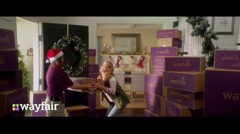 Wayfair TV Spot, 'Way to Holiday: 70 Percent Off' Song by Danii Roundtree - Thumbnail 5