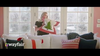 Wayfair TV Spot, 'Way to Holiday: 70 Percent Off' Song by Danii Roundtree - Thumbnail 6