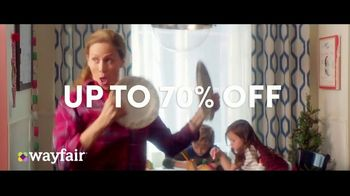 Wayfair TV Spot, 'Way to Holiday: 70 Percent Off' Song by Danii Roundtree - Thumbnail 9