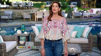 Rooms to Go Patio TV Spot, 'Selection and Style You Want' Featuring Cindy Crawford - Thumbnail 2