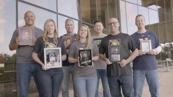 USAA TV Spot, 'Made for America's Game' - Thumbnail 6
