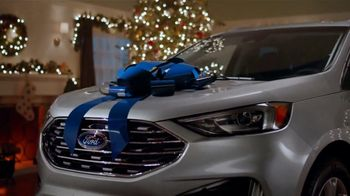 2019 Ford Edge TV Spot, 'Gift Wrapped' Song by Tchaikovsky [T2] - Thumbnail 3