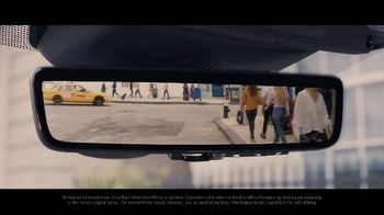 2020 Range Rover Evoque TV Spot, 'ClearSight Rear-View Mirror' [T2] - Thumbnail 6