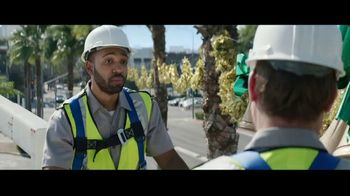 Best Buy TV Spot, 'Holidays: That One Special Gift: Save $300' - Thumbnail 2