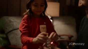 JCPenney TV Spot, 'Holidays: Tree Decorations' - Thumbnail 1