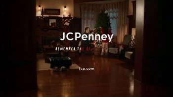 JCPenney TV Spot, 'Holidays: Tree Decorations' - Thumbnail 10