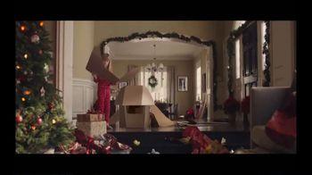 FedEx TV Spot, 'Holidays: Gift Box' - Thumbnail 3