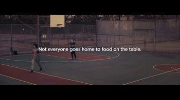 Feeding America TV Spot, 'Basketball: Last One Left' - Thumbnail 9