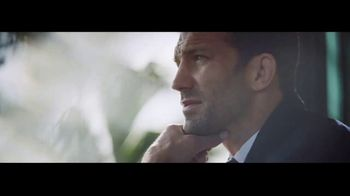 Ralph Lauren Polo Blue TV Spot, 'La fragancia' con Luke Rockhold [Spanish] - Thumbnail 5