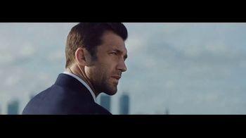 Ralph Lauren Polo Blue TV Spot, 'La fragancia' con Luke Rockhold [Spanish] - Thumbnail 6