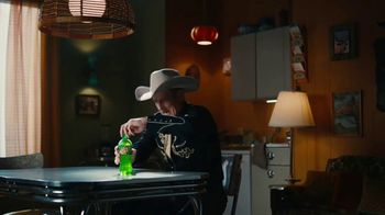 Mountain Dew TV Spot, 'Condensation Commentator' - Thumbnail 5