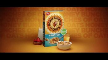 Frosted Honey Bunches of Oats TV Spot, 'Party DJ' - Thumbnail 7