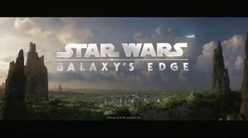 Star Wars: Galaxy's Edge TV Spot, 'May the Force Be With Us' - Thumbnail 8