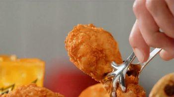 KFC $5 Fillups TV Spot, 'Original Recipe & Famous Bowl' - Thumbnail 4