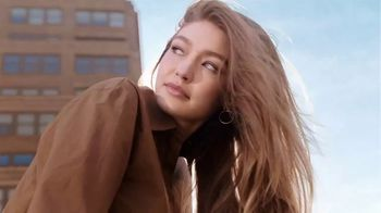 Maybelline New York Brow Fast Sculpt TV Spot, 'One Step' Featuring Gigi Hadid - 2611 commercial airings