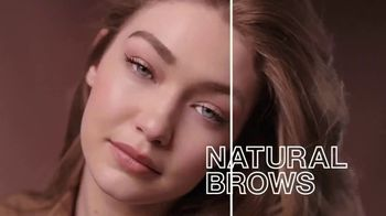Maybelline New York Brow Fast Sculpt TV Spot, 'One Step' Featuring Gigi Hadid - Thumbnail 3