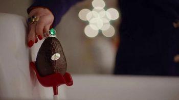 Avocados From Mexico Super Bowl 2020 Teaser TV Spot, 'Tiara' Featuring Molly Ringwald - Thumbnail 6