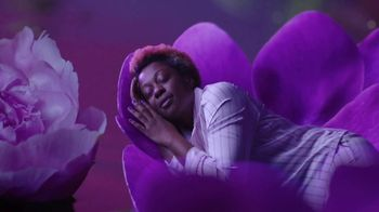 Vicks ZzzQuil Pure Zzzs Liquid Melatonin Sleep-Aid TV Spot, 'Unique Botanical Blend' - Thumbnail 5