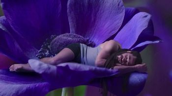 Vicks ZzzQuil Pure Zzzs Liquid Melatonin Sleep-Aid TV Spot, 'Unique Botanical Blend' - Thumbnail 6