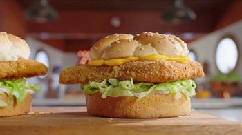 Arby's 2 for $6 Crispy Fish Sandwiches TV Spot, 'Differences' Song by YOGI - Thumbnail 2