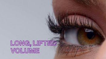 Maybelline New York Falsies Lash Lift Mascara TV Spot, 'Long, Lifted Volume' Featuring Gigi Hadid - Thumbnail 6