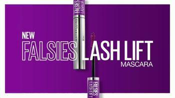 Maybelline New York Falsies Lash Lift Mascara TV Spot, 'Long, Lifted Volume' Featuring Gigi Hadid - Thumbnail 8