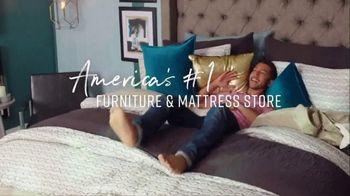 Ashley HomeStore Big Sleep Sale TV Spot, 'Zero Percent Interest' Song by Midnight Riot - Thumbnail 9