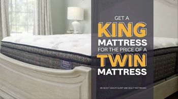 Ashley HomeStore Big Sleep Sale TV Spot, 'King for the Price of a Twin' Song by Midnight Riot - Thumbnail 5