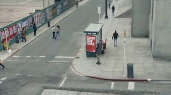 SafeAuto TV Spot, 'Billboard' - Thumbnail 5