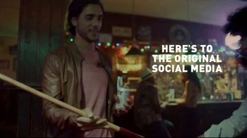 Miller Lite TV Spot, 'Swiping Left' - Thumbnail 7