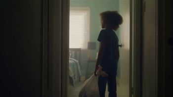Mattress Firm Foster Kids TV Spot, 'La primera noche' [Spanish]