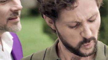 Silka TV Spot, 'El hombre de los pies' [Spanish] - Thumbnail 2