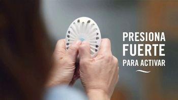 Febreze Small Spaces TV Spot, 'Olores que perduran' [Spanish] - Thumbnail 3