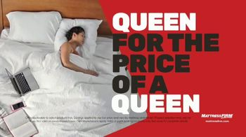 Mattress Firm Year End Sale TV Spot, 'King for a Queen Ends Tuesday: Sleepy's Queen for $399' - Thumbnail 4