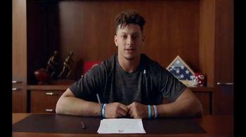 NFL TV Spot, 'Huddle for 100: End of Season' Feat. Josh Jacobs, Patrick Mahomes, Charles Tillman - Thumbnail 9