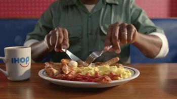 IHOP All You Can Eat Pancakes TV Spot, 'Breakfast Combos' - Thumbnail 1