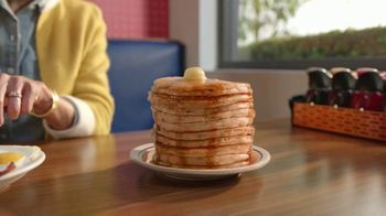 IHOP All You Can Eat Pancakes TV Spot, 'Breakfast Combos' - Thumbnail 3