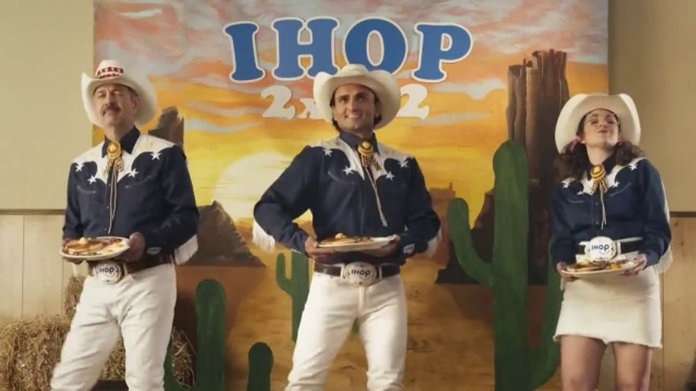 IHOP 2x2x2 Combo TV Commercial, 'Two Step'