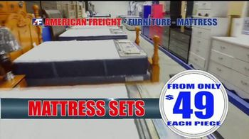 American Freight Warehouse Liquidation TV Spot, 'Mattress Sets, Sofas and Living Rooms' - Thumbnail 2