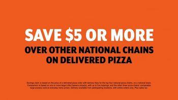 Little Caesars Pizza TV Spot, 'Best Thing Since Sliced Bread' Featuring Rainn Wilson - Thumbnail 6