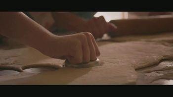 Shelter Insurance TV Spot, 'Soup Kitchen' - Thumbnail 3