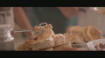 Shelter Insurance TV Spot, 'Soup Kitchen' - Thumbnail 4