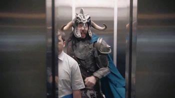 Oikos TV Spot, 'God of War: Elevator' - Thumbnail 5