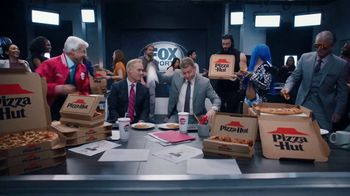 Pizza Hut Super Bowl 2020 TV Spot, 'Booth Party' Featuring Troy Aikman, Jimmy Johnson,  Roman Reigns, Sasha Banks - Thumbnail 9