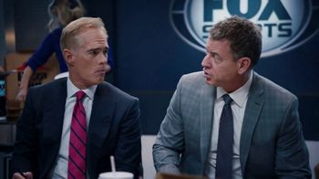 Pizza Hut Super Bowl 2020 TV Spot, 'Booth Party' Featuring Troy Aikman, Jimmy Johnson,  Roman Reigns, Sasha Banks - Thumbnail 3