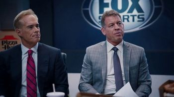 Pizza Hut Super Bowl 2020 TV Spot, 'Booth Party' Featuring Troy Aikman, Jimmy Johnson,  Roman Reigns, Sasha Banks - Thumbnail 4